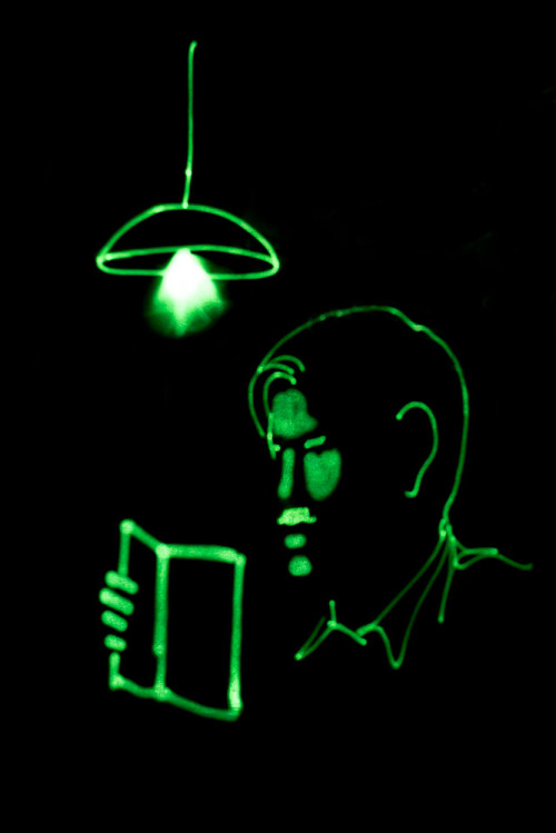 Glow Art - Reading Lamp