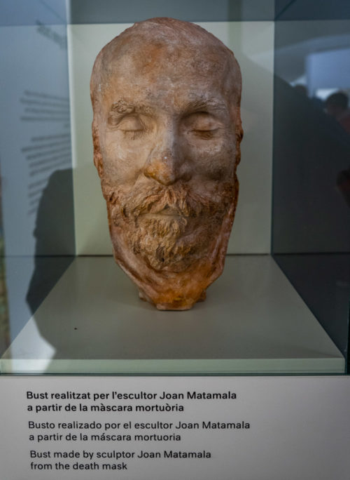 Death mask of Gaudi