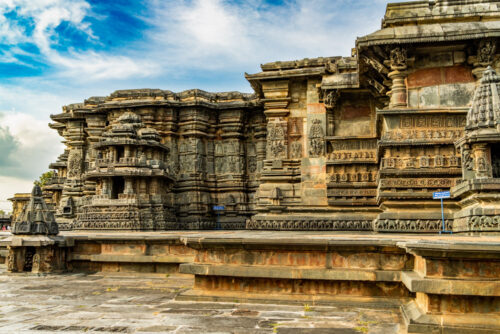 Outer perimeter of Chennakeshava Temple